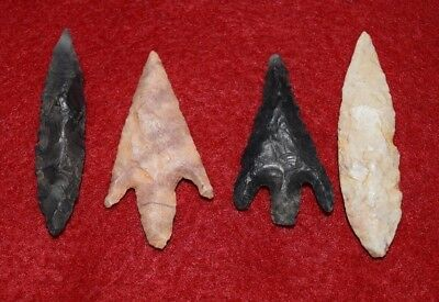 4 high quality Sahara Neolithic projectile points,  nice color