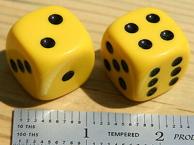 """Large 7/8"""" 23mm YELLOW Dice pair · NR · MINT Condition · Use or Show"""