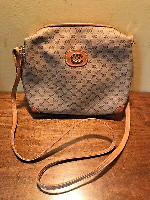 f46d7054bafb VINTAGE AUTHENTIC GUCCI Logo Crossbody Bag Purse - $74.00 | PicClick