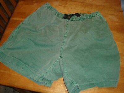 Vintage GRAMICCI Shorts Womens original fit 100% cotton Made in USA Green