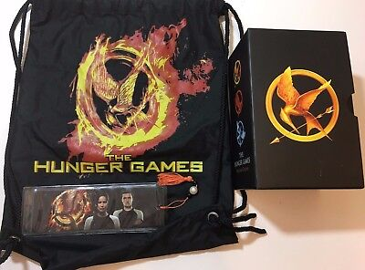 The Hunger Games Trilogy Box Set WITH Hunger Games Canvas Bag & Bookmark