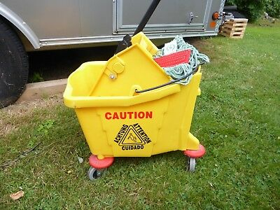 36 Quart Commercial Wet Mop Bucket & Wringer & Mop Combo Yellow NEW