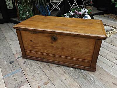 Old Antique Victorian Pine Blanket Box/chest/trunk/table/storage. We Deliver!