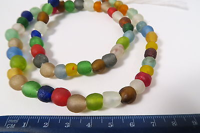 Strang Pulverglasperlen 8mm Random Mix Krobo Ghana Recycling Glass Beads Afrozip