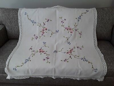 "Vintage hand embroidered linen tablecloth embroidery flowers white vgc 45"" x 45"""