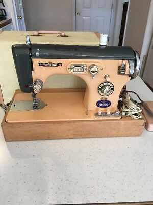 Vintage Electro-Brand Deluxe Automatic Sewing Machine In Case