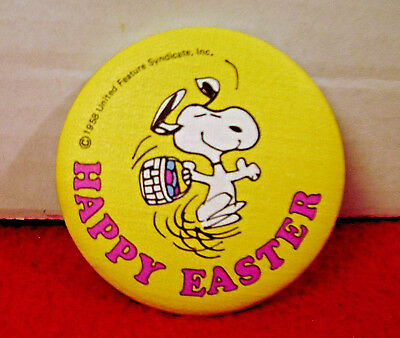 1981 Snoopy  EASTER Cloth Pinback Button #2