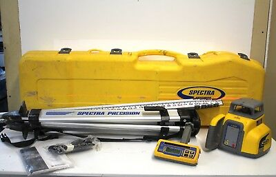 SPECTRA LL300N Self-Leveling Rotary Laser Level w/Rod/Tripod/Manual in Hard Case