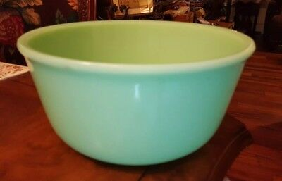 Vintage Jadeite Jadite Green Mixing Bowl 9 1/4 In  Diameter UNMARKED