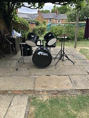 Tiger 5 Piece Drum Kit With Symbols And Music Stand Plus Sticks