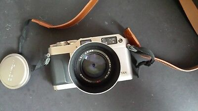contax g1 range finder 35mm film camera with Carl Zeiss sonnar 2,8/90mm lens