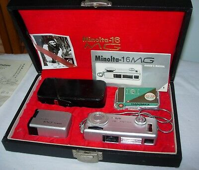 Vintage Minolta-16 MG camera set with hard case, flash, in box