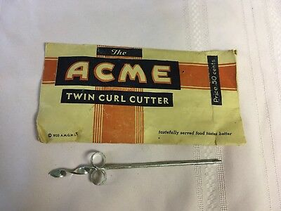 The ACME Twin Curl Cutter 1935 Vintage Kitchen Tool
