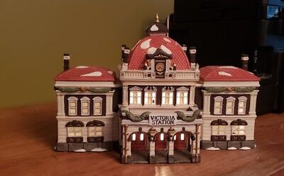 Dept 56 Heritage Collection Dickens' Village Series Victoria Station 55743