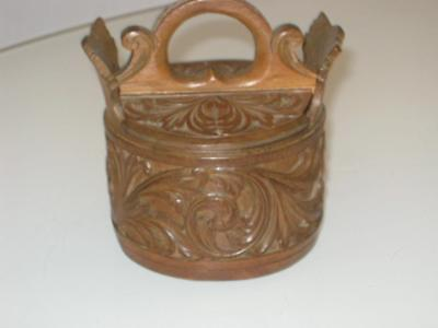 Stunning Antique Chinese Carved Bamboo Lidded Pot