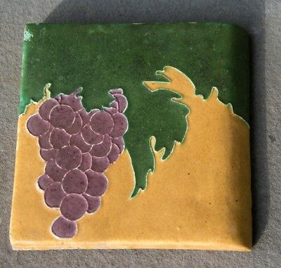 """OWENS 6""""x 6"""" BULLNOSE TILE W/GRAPES GOOD COLOR - MARKED 'OWENS' - Arts & Crafts"""