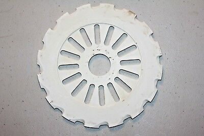 Case IH PLANTER PLATE McCormick 476675R1 Plastic Seed/Bean Plate Used (Lot#998)