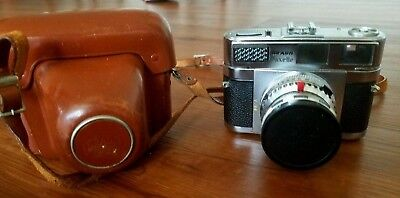 BRAUN PAXETTE SUPER III CAMERA 35MM = Excellent condition. TESTED