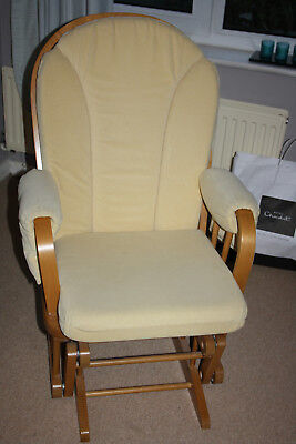 Dutailier gliding/rocking nursing chair used but in very good condition