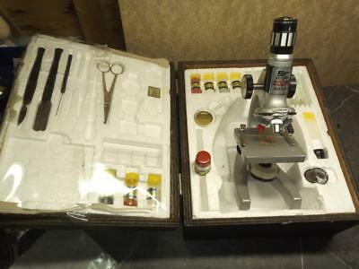 Japanese ST 900X Micro Zoom boxed microscope with some accessories
