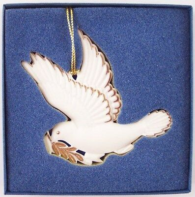 Wedgwood White Jasper Peace Dove Christmas Holiday Ornament in Box