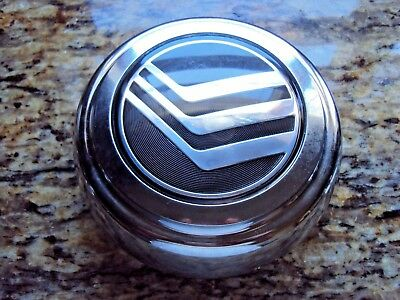 (1)Mercury Grand Marquis Wheel Center Cap. Genuine  part# F3AC-1A097-AA