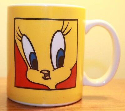 Tweety Bird Warners Brothers Looney Tunes Coffee Mug Cup I tawt I taw puddy tat