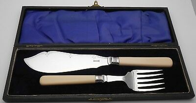 Fish Servers - Cased - Sterling Silver Ferrules  - Sheffield 1919 - Plated