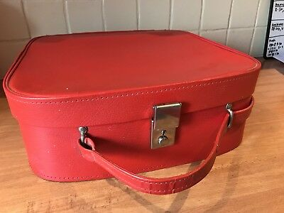 VINTAGE RED VANITY CASE 1960's WITH KEY AND ELECTRIC BLUE LINING