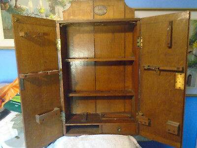 Gorgeous Vintage Wall Mounted Medicine Or Tool Cabinet LOOK BARGAIN!!