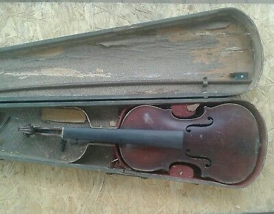 primitive 1800s violin and wooden coffin case w/bow for restoring