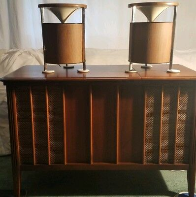 ZENITH MID CENTURY Console, Stereo Turntable, AM/FM Radio w Conical Speakers