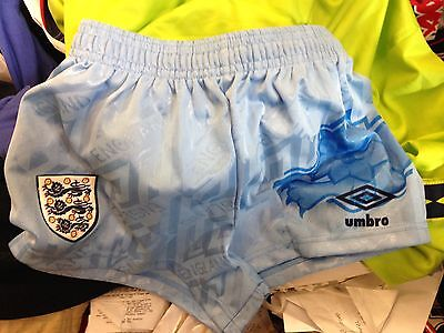 ENGLAND SHORTS  ITALIA 1990in22     inch bnwl at £ 8 IN BLUE BRAND NEW