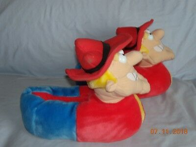 Rocky & Bullwinkle Show Dudley Do-Right Plush Slippers (sz. 9-10)