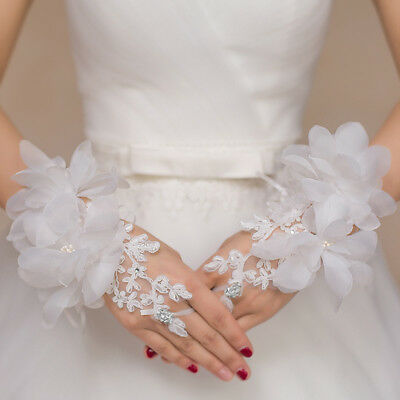 Lace Elegant white Fingerless Short Paragraph Rhinestone Bridal Wedding Gloves