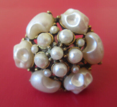 Vintage FAUX BAROQUE PEARL CLUSTER COCKTAIL RING Large Statement Gold Tone