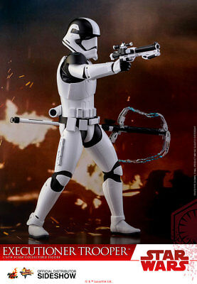 First Order Executioner HOT TOYS 1/6 Collectible STAR WARS The Last Jedi MMS 428