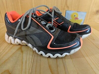 Reebok Athletic Shoes Ziglite Youth Boys Size 5 Black Neon Pink Gray Lace Up d97333e07
