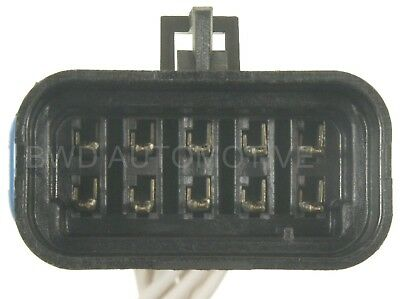 Instrument Panel Harness Connector BWD PT633