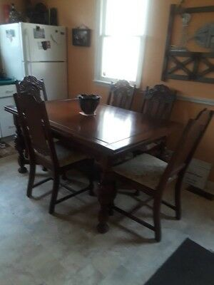Beautiful Antique Jacobean Refractory Table and 6 chairs
