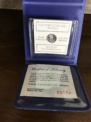 1969 Franklin Mint First Step on the Moon Eyewitness Platinum Mini-Coin COA