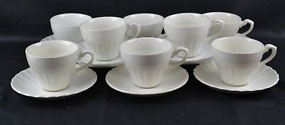 j&G Meakin Classic White Scalloped Set 8 Cups and Saucers