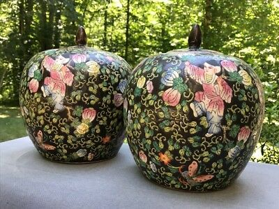 Large Pair of Black Chinese Porcelain Ginger Jars with Lid - Figures & Flowers