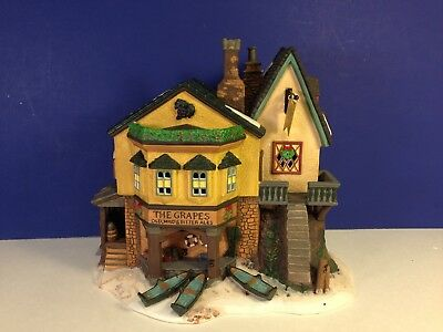 SALE Dept 56 Dickens Village THE GRAPES INN Building w/ box Combine Shipping!