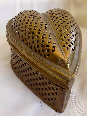 VINTAGE Brass HEART SHAPED BOX Heavy Hinged Top Cover
