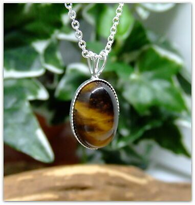 "Tigers Eye Silver Pendant Necklace Oval design in .925 silver 18"" silver chain"