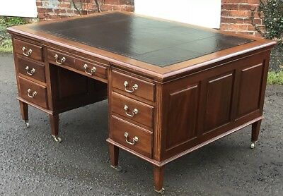 Superb Victorian Walnut Partners Desk Fab Condition  2 Man Delivery Available