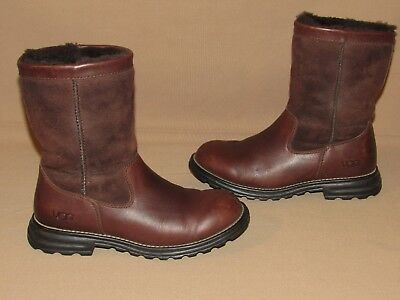 2d867e0d6b1 UGG AUSTRALIA 5381 BROOKS Brown Leather Shearling Boots Women's Size 7