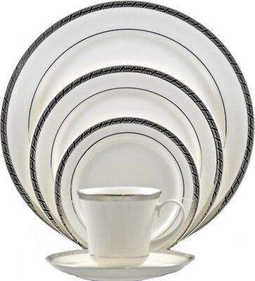 High Point Platinum fine china by Pickard, 5 piece Place Setting