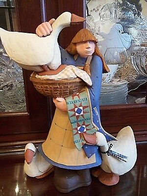 """Williraye Studio """"Project Patchwork"""" Figurine WW7678 Girl with Quilt and Geese"""